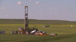 HD2008-7-16-36 drill rig Stock Video Footage