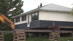 HD2008-6-1-1 House move Footage