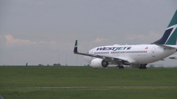 HD2008-6-1-27 B737 takeoff roll Stock Video Footage