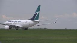 HD2008-6-1-27 B737 takeoff roll Stock Video Footage