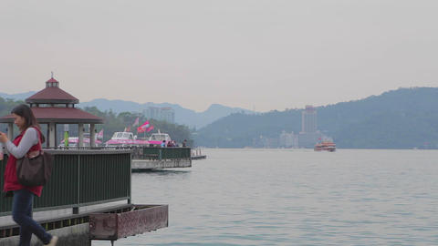 ita thao pagoda at sun moon lake with mountains Stock Video Footage