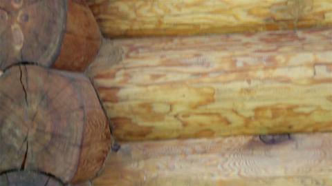 Upward view of the corner of the cabin log house t ビデオ