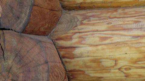 Close-up view of the corners of the cabin log hous ライブ動画