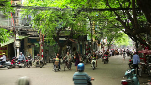 HANOI, VIETNAM - MAY 2014: everyday street life - Stock Video Footage
