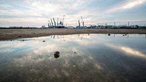 Hamburg harbor DSLR dollyshot timelapse Footage