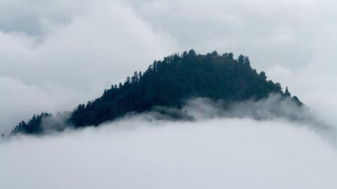 Timelapse view in Mount Emei Stock Video Footage