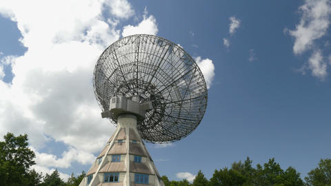 4k UHD historic radio telescope tilt 11472 Footage