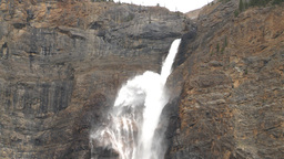 Takakkaw falls Stock Video Footage
