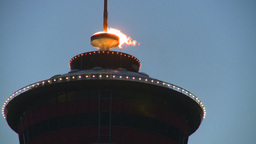 HD2008-6-8-10 dusk Calgary tower flame Stock Video Footage