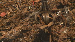 HD2008-9-3-31 metal recycler grapple Stock Video Footage