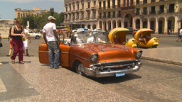HD2009-4-3-25 Havana traffic Stock Video Footage