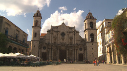 HD2009-4-5-26 Havana cathedral square Stock Video Footage