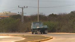 HD2009-4-7-19 Cuba highway Footage
