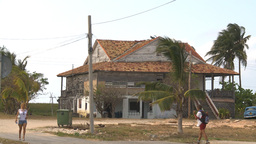 HD2009-4-7-50 Cuba sad house Footage