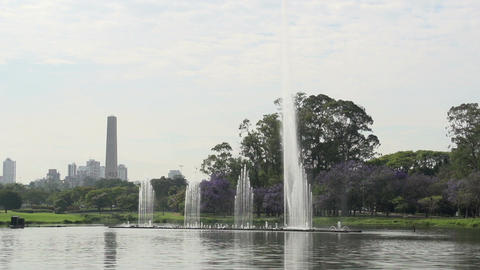 002 Sao Paulo , Ibirapuera park , waterfountain ,  Footage