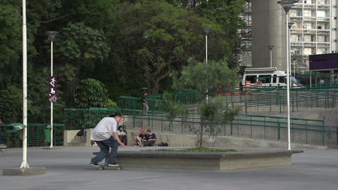 086 Sao Paulo , skateboarding in park , slowmotion Footage