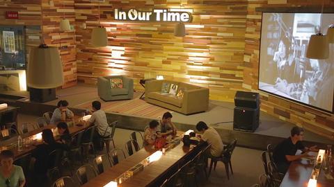 Pier 2 Art Center - trendy 2 level coffee shop sta Stock Video Footage