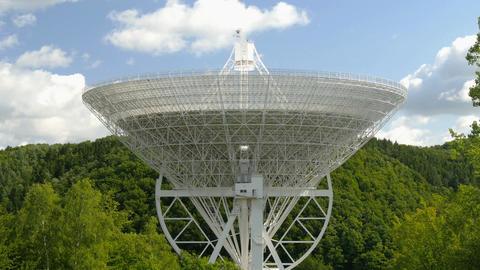 huge radio telescope tilt 11483 Footage