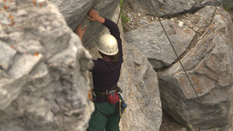 HD2009-8-2-6 rockclimbing down Footage