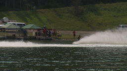 HD2009-8-23-4RC water ski comp stunt barefoot Stock Video Footage