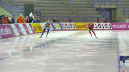 HD2009-12-1-6 Speed skating oval race follow Stock Video Footage