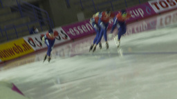 HD2009-12-1-18 Speed sk8 team pursuit dutch tilt Stock Video Footage