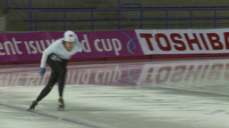 HD2009-12-1-20 Speed skaters practise Footage