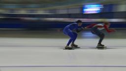HD2009-12-1-52 Speed skaters practise corner Stock Video Footage