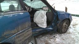HD2009-2-1-9 auto accident car door off Stock Video Footage