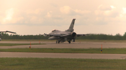 HD2009-6-6-55 F16 taxis Footage
