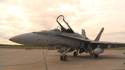 HD2009-6-6-85 apron F18 montage Stock Video Footage