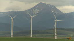HD2009-6-20-54 wind turbines Stock Video Footage