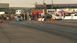 HD2009-6-22-47 motorsports, drag racing Top alcohol funny car race close call Footage