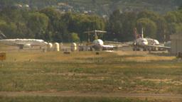HD2009-6-26-21 B737 taxi LLL Stock Video Footage
