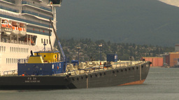 HD2009-6-31-30 indus barge Stock Video Footage