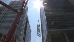 HD2009-6-36RC-8 mammoet crane lift span Stock Video Footage