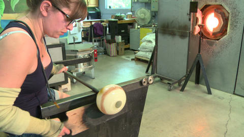 Glass blower in studio Live Action