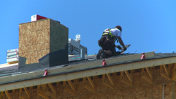 HD2009-5-1-1 Roofer Footage