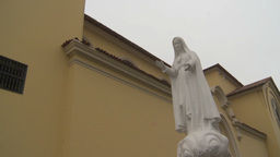 HD2009-11-15-22 virgin mary statue Stock Video Footage