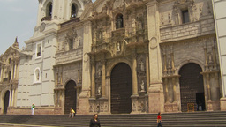 HD2009-11-15-56 Basillica Cathedral de Lima Footage
