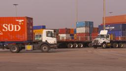 HD2009-11-16-39 containor trucks Footage