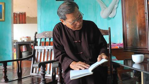 the medicine man see medicinal book, asia Footage