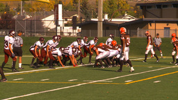 HD2009-9-36-15 high school football huddle QB run TD Footage