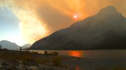HD2009-9-38-8 lake and smoky red Stock Video Footage