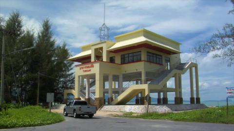tsunami rescue house thailand beach speed zoom Stock Video Footage