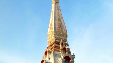 thai temple monument tilt Stock Video Footage