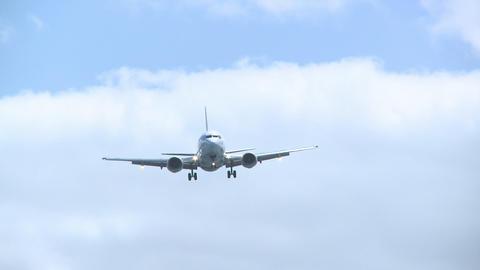 737 landing Stock Video Footage