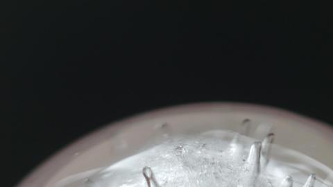 Ice spinning very slowly 05 ビデオ