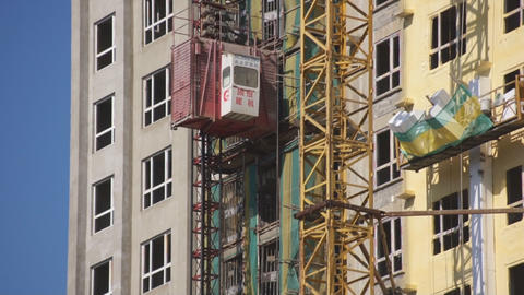 Building lift moving down 02 Footage