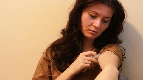 woman giving an injection Stock Video Footage